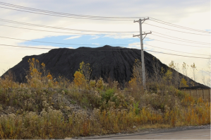 A massive pile of petcoke on Chicago's southeast side. (Source: Emily Brosious / Gapers Block)